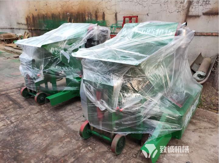 新疆哈密沥青砂拦水带滑模机出厂包装发货